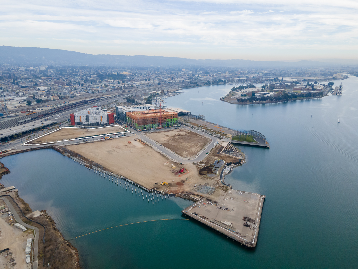 Brooklyn Basin with Parcel G outlined in white, image by Andrew Campbell Nelson
