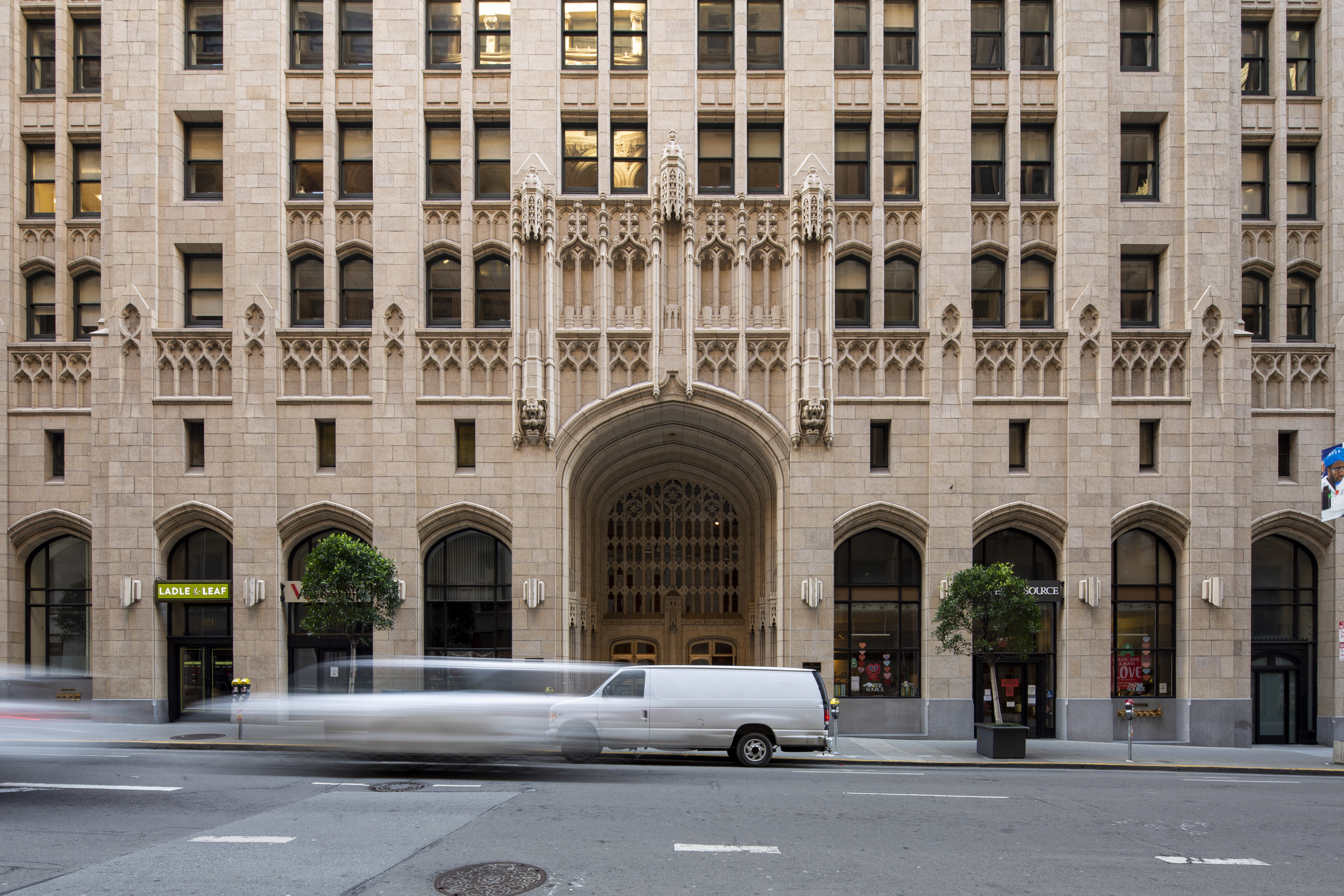 The Russ Building at 235 Montgomery Street front entrance, image by Andrew Campbell Nelson