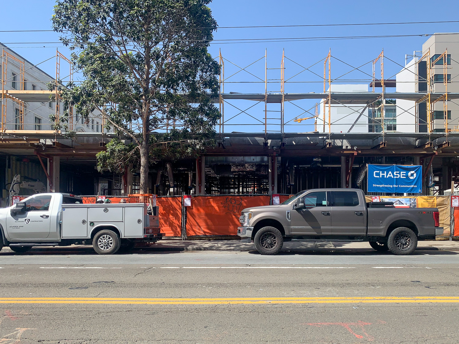 1064-1068 Mission Street construction side view, image from SFYIMBY Reader