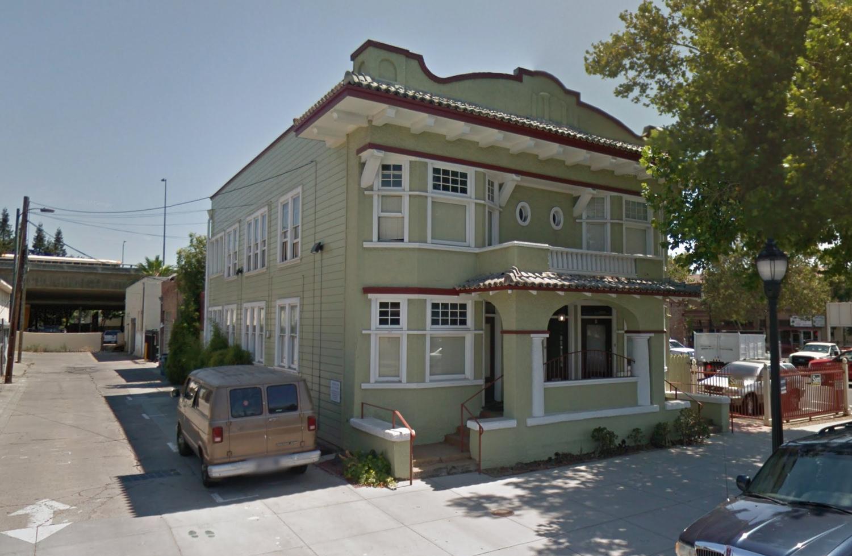 8 East Reed Street, image via Google Street View