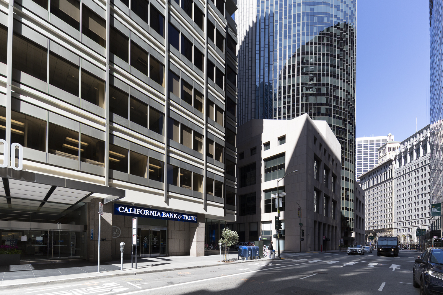 100 Pine Center looking toward 101 California Street, image by Andrew Campbell Nelson