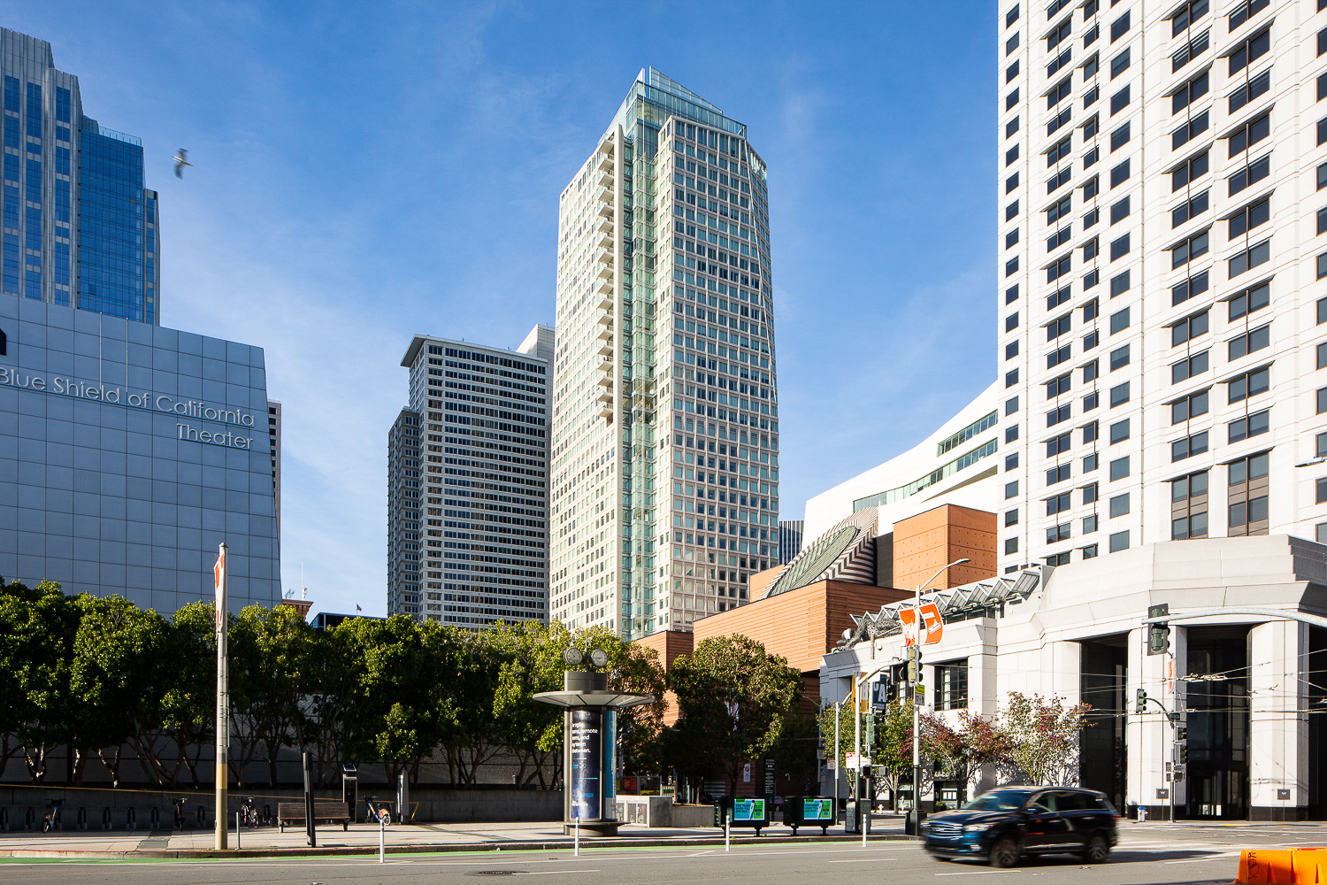 125 3rd Street St. Regis Hotel from Moscone Center, image by Andrew Campbell Nelson