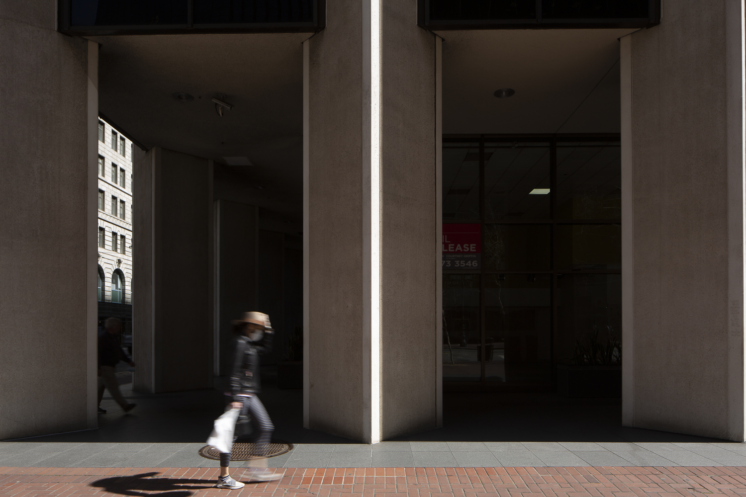 333 Market Street concrete column, image by Andrew Campbell Nelson