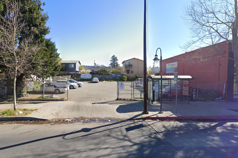 2435 San Pablo Avenue, image via Google Street View