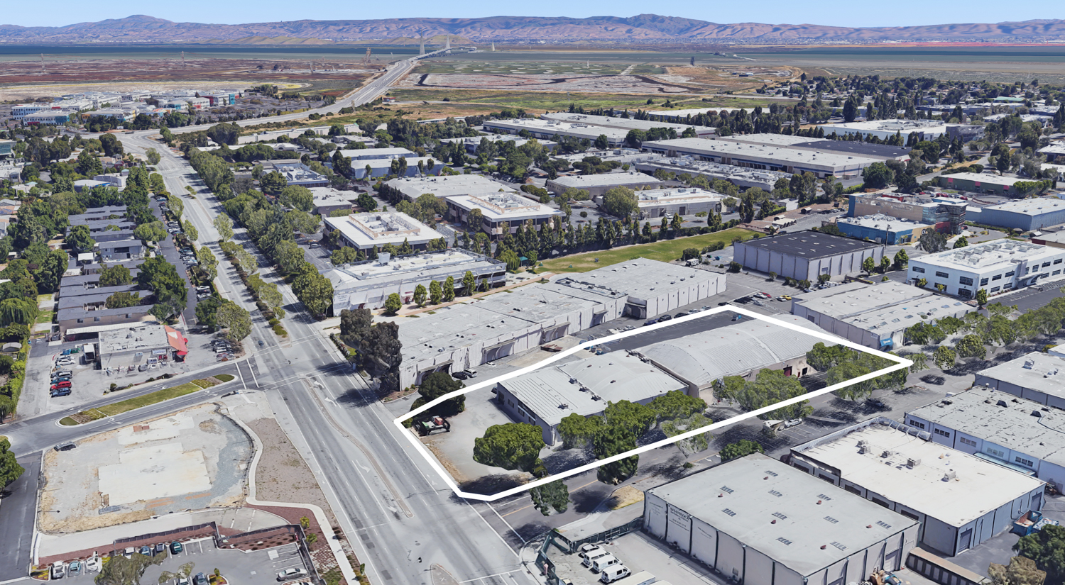 995-1005 O'Brien Drive and 1300 Willow Road with the Facebook HQ in the top left, image from Google Satellite