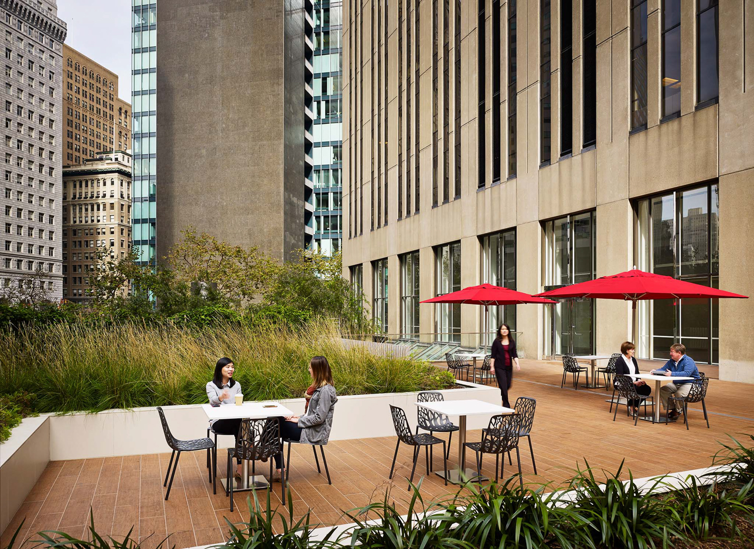 525 Market Street updated plaza upper dining terrace with private garden, image via Shed Landscape Architect