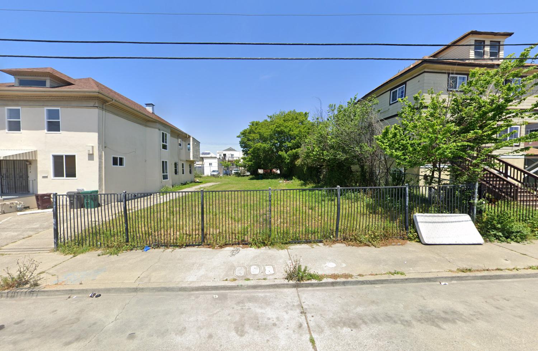 868 36th Street, image via Google Street View