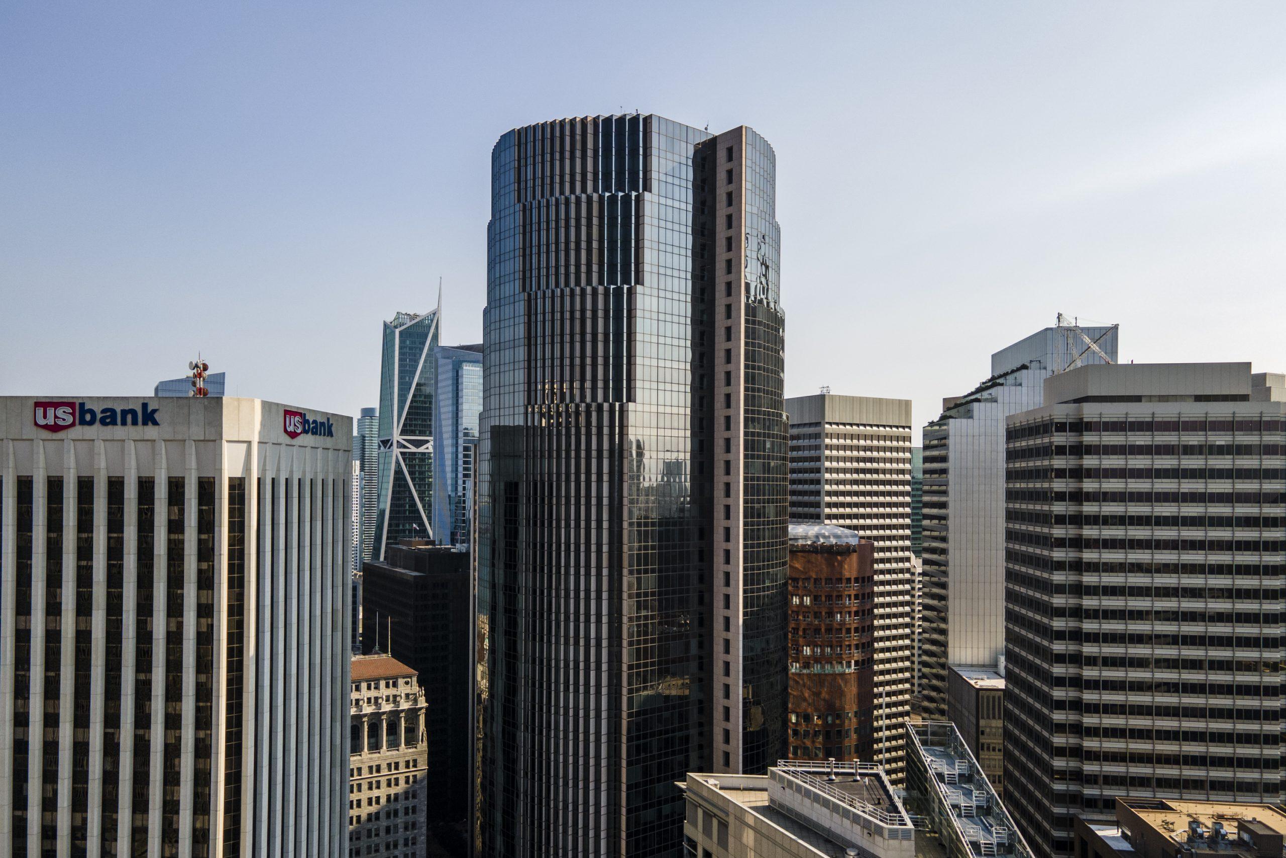 101 California Street aerial view
